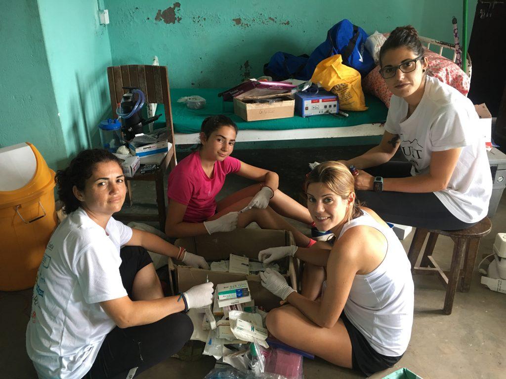 Equipación del Hospital del Makalu